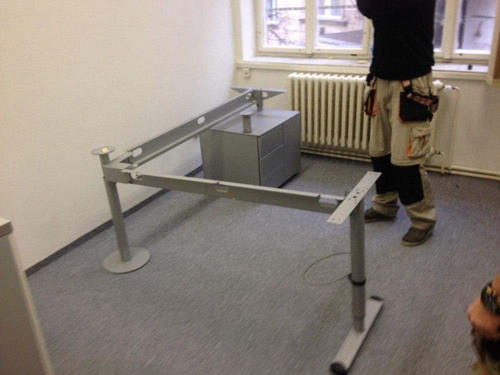 Montáž a demontáž stolů