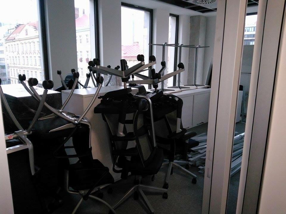 Převoz židlí