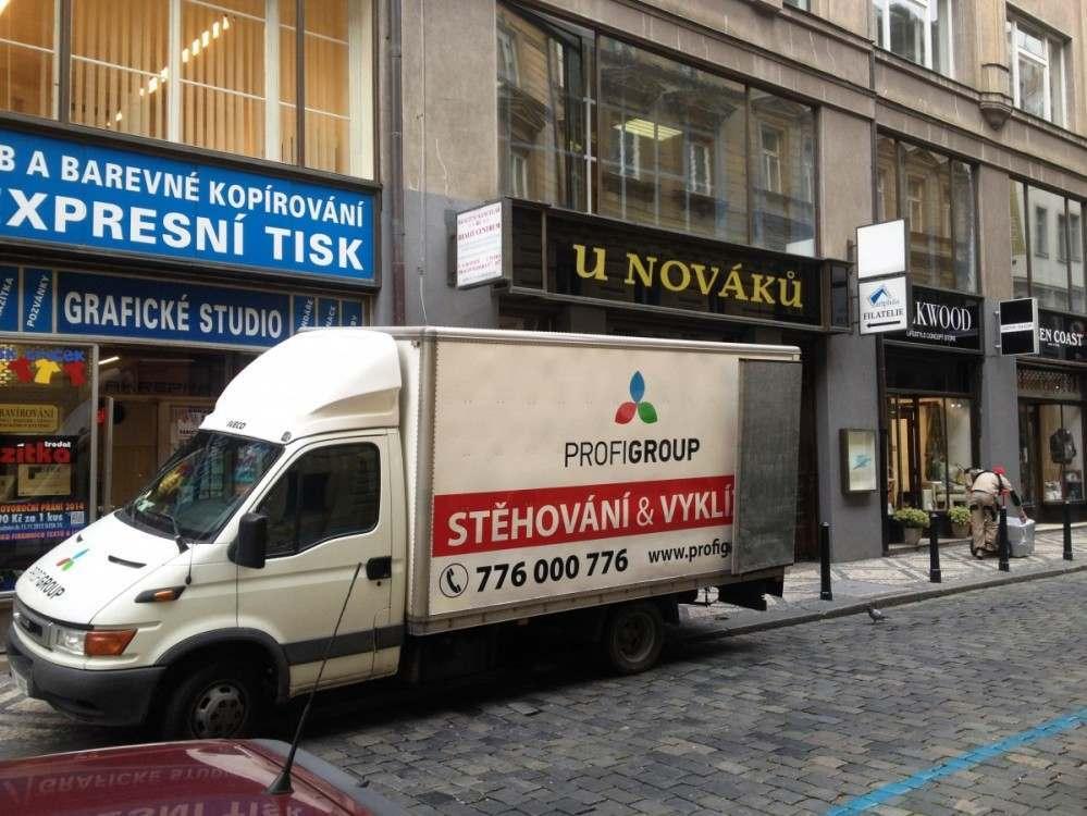 Stěhování v Praze 1
