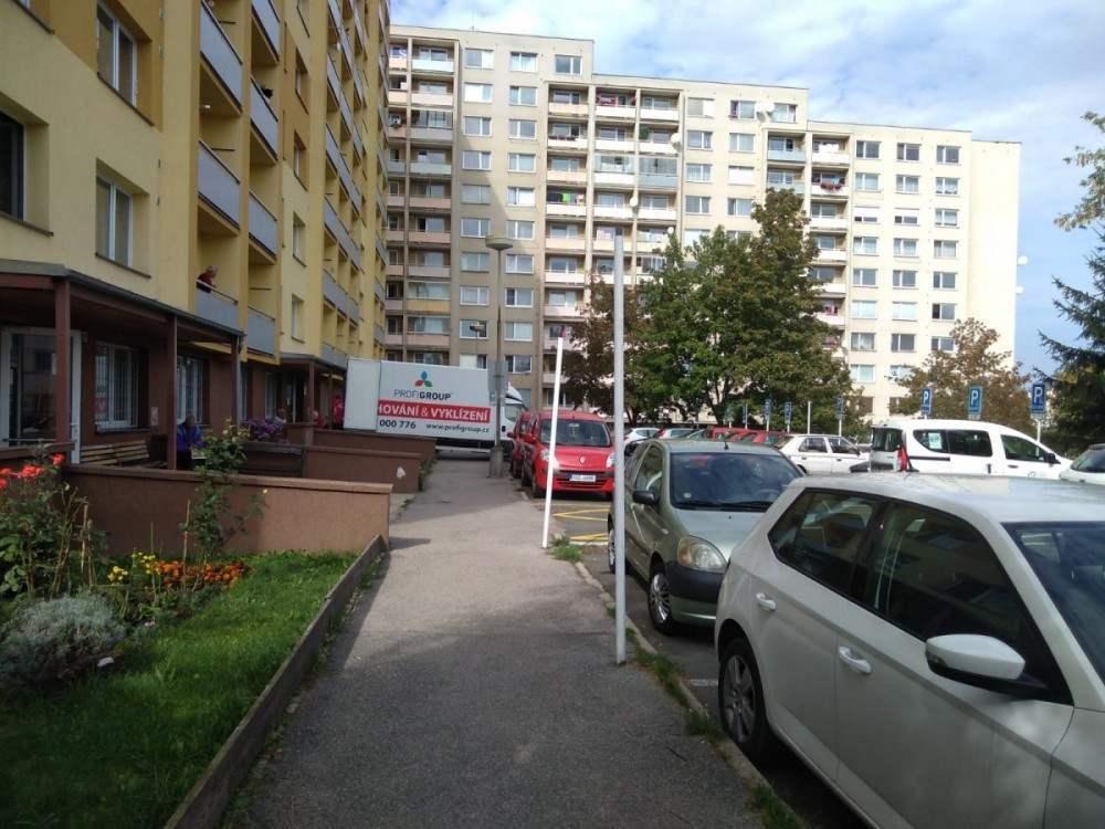 stěhování ze sídliště Praha