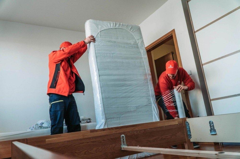 Stěhování izby matrac