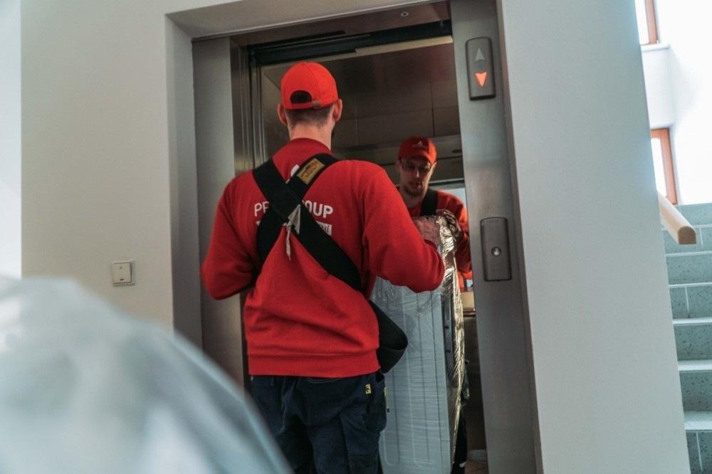 Profigroup stěhování výtah