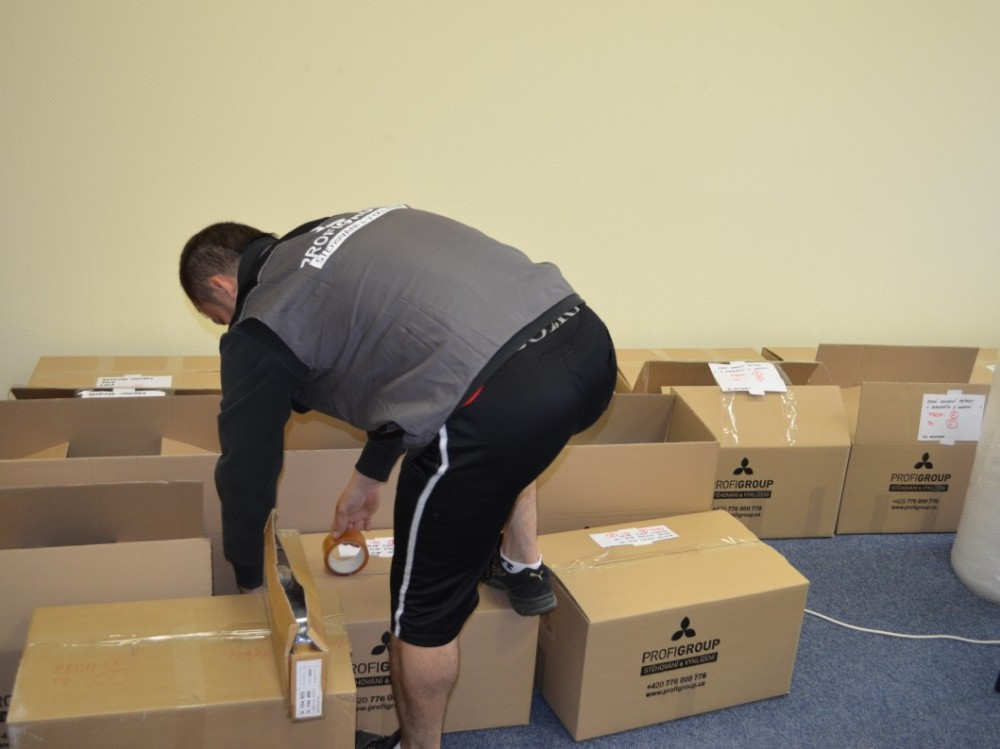 Krabice na stěhování